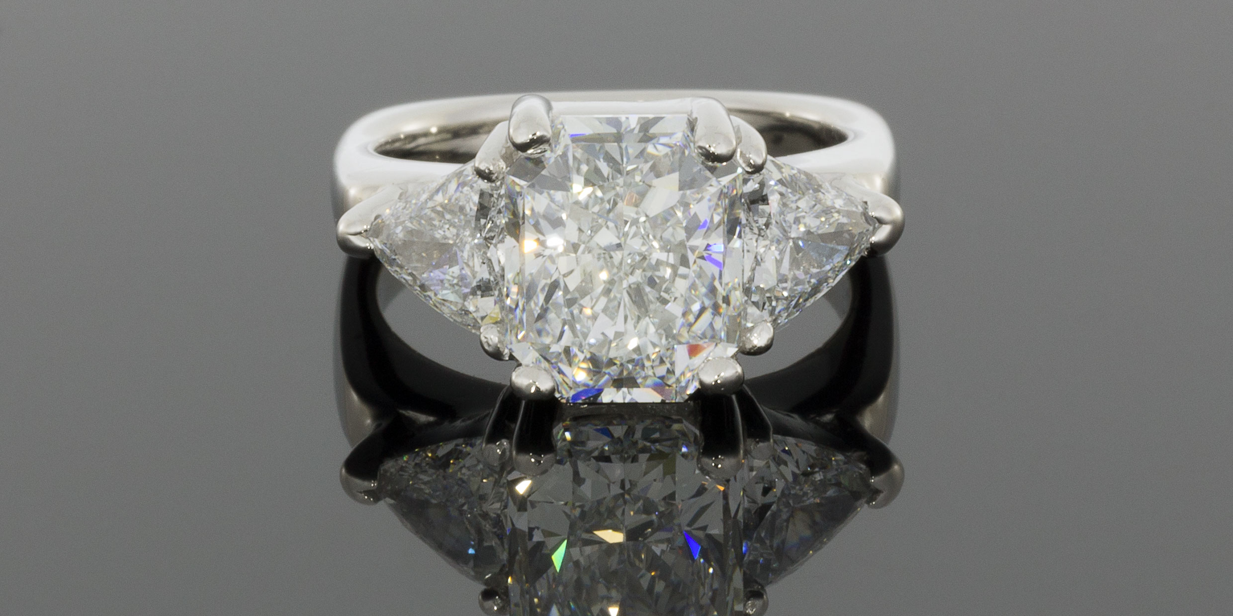 Diamond Banc made a cash offer of $40,000 and a consignment offer of $55,00 for this 5.09CTW diamond ring.