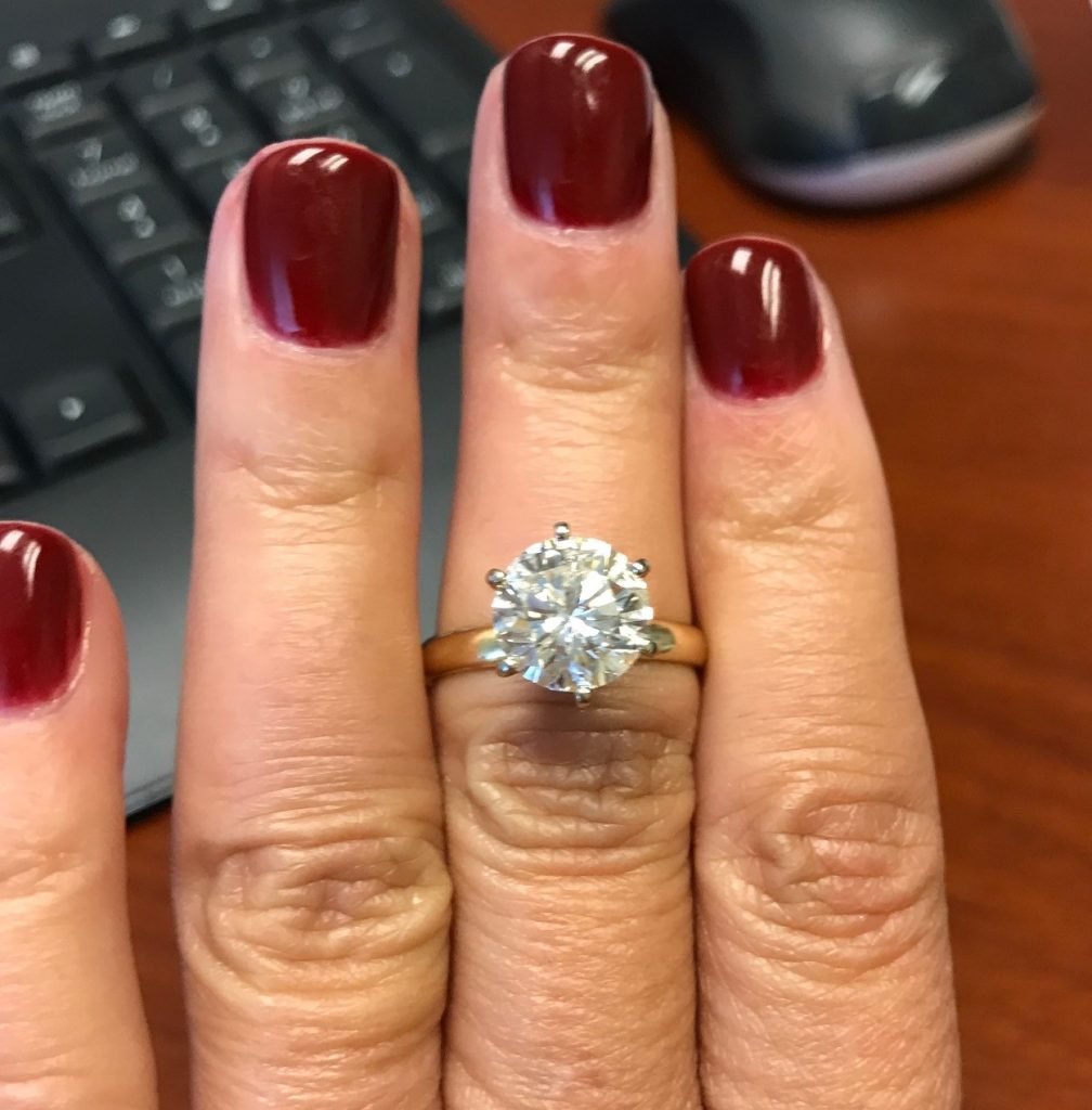 Diamond Banc paid $5800 for this 3ct Round Brilliant Cut Diamond