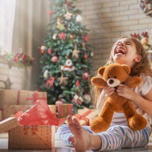 Kid-Enjoying-Gifts